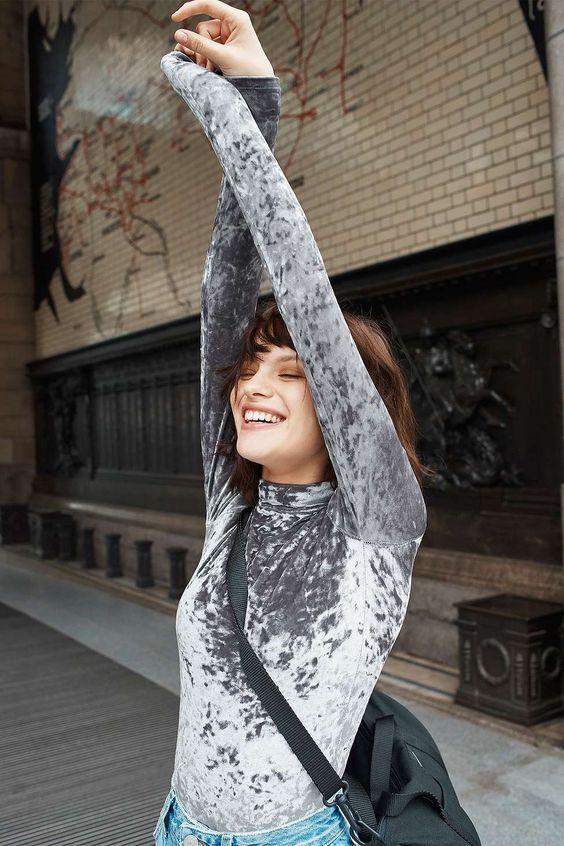 Top Velvet Fashion Trends for winter- aika's Love closet-japanese-seattle style fashion blogger-colored hair- grey velvet top.jpg