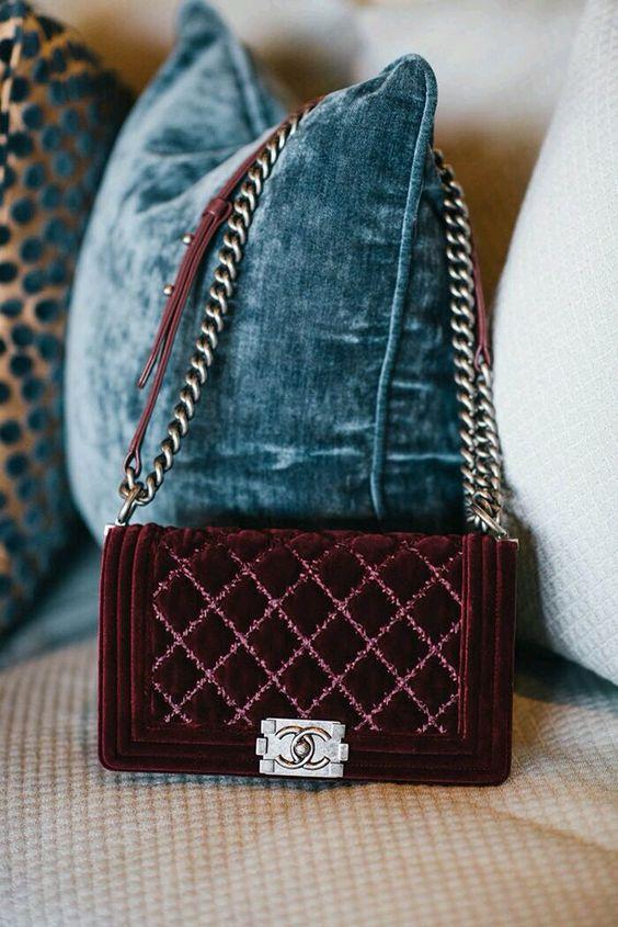 Top Velvet Fashion Trends for winter- aika's Love closet-japanese-seattle style fashion blogger-colored hair-velvet chanel bag.jpg