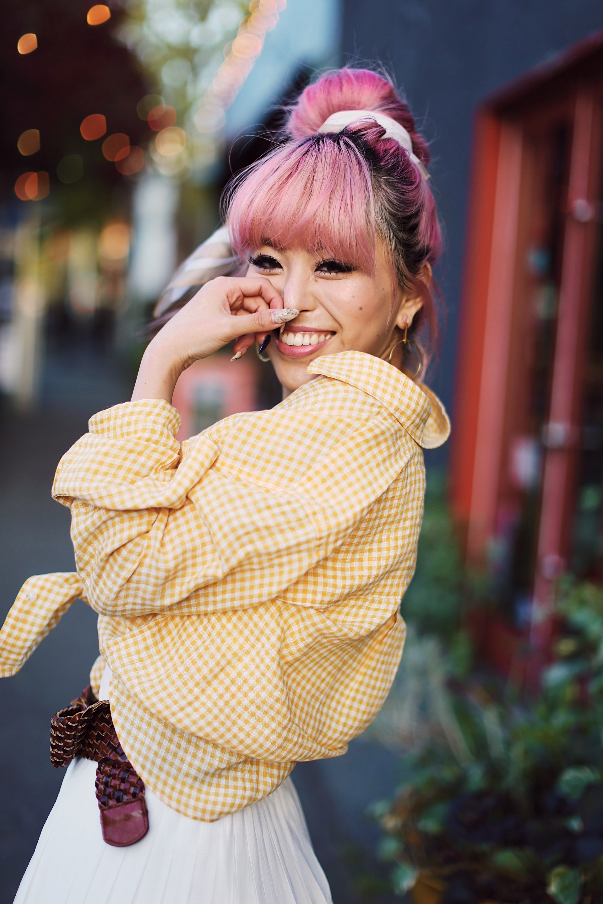 Uniqlo yellow Linen gingham shirt-Uniqlo White pleated chiffon midi skirt-Uniqlo Airism brat-pink tinted sunglasses ZERO UV-She in Pom pom Straw bucket bag-Vintage scarf bun hair style-Steve Madden Belt-Jane and the shoe denim oxford platforms-Aika's Love Closet-seattle fashion style blogger-Japanese-pink hair-smiling-spring fashion 10