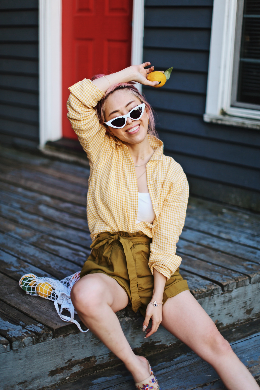 Uniqlo yellow Linen gingham shirt-Uniqlo olive paperbag shorts-Uniqlo Airism bratop-White Cat eye sunglasses ZERO UV- Pipe + Row White net bag-Vintage scarf bun hairstyle-ALDO Embroidered Nude mules-Aika's Love Closet-seattle fashion style blogger-Japanese-pink hair-smiling-spring fashion
