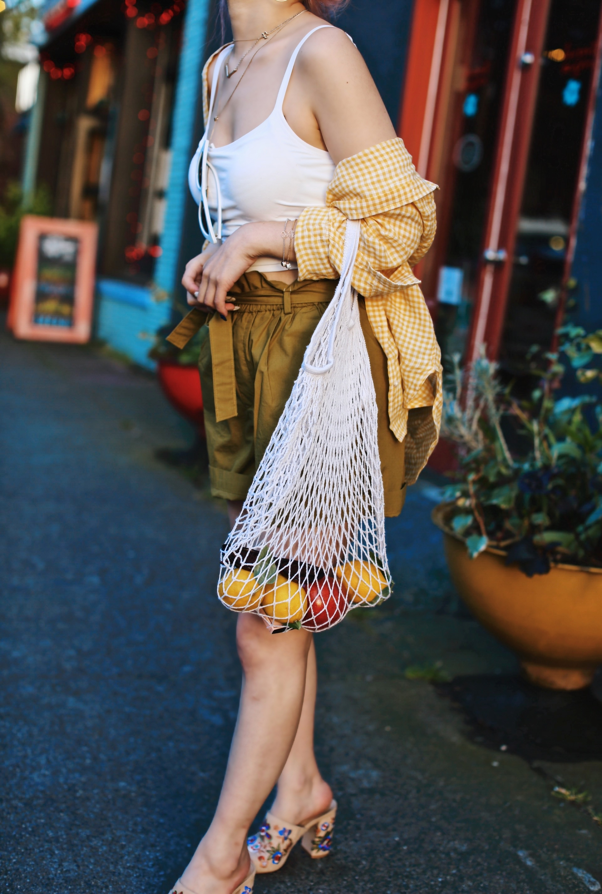Uniqlo yellow Linen gingham shirt-Uniqlo olive paperbag shorts-Uniqlo Airism bratop-White Cat eye sunglasses ZERO UV- Pipe + Row White net bag-Vintage scarf bun hairstyle-ALDO Embroidered Nude mules-Aika's Love Closet-seattle fashion style blogger-Japanese-pink hair-smiling-spring fashion 11