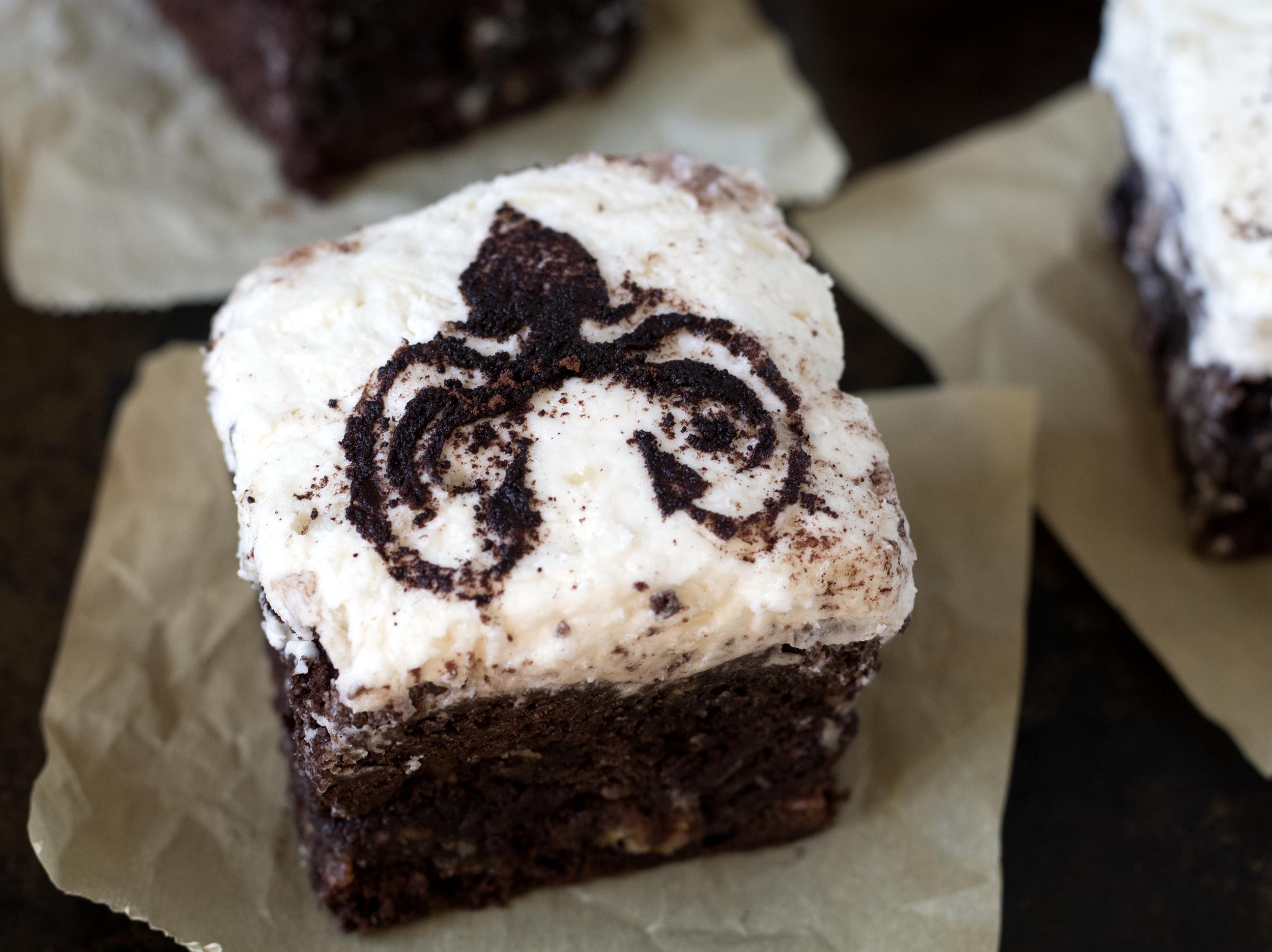 Almond Greyjoy Brownies | Sarah Makes Stuff