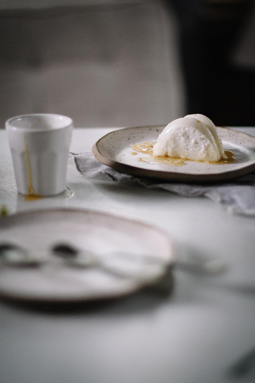Manjar de Coco com Calda de laranja