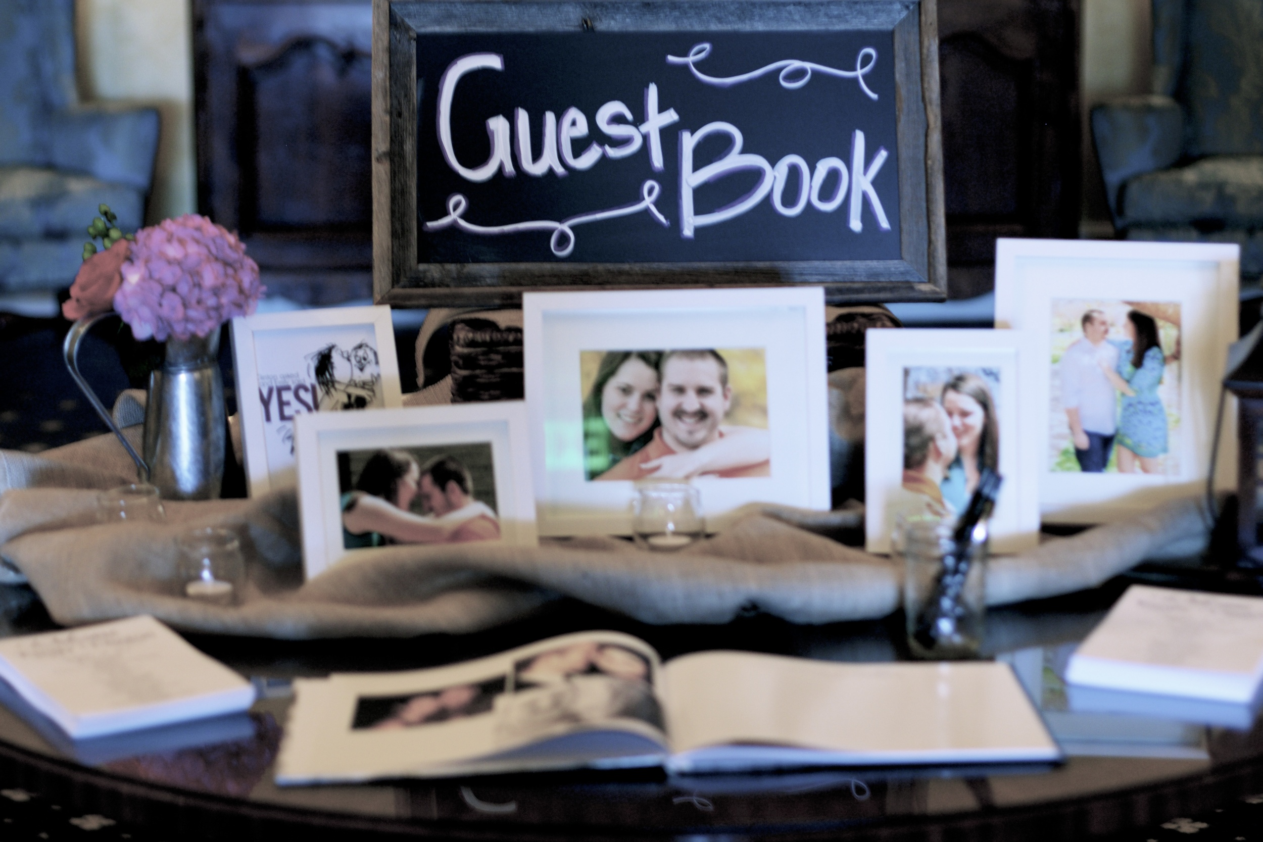 guest-book-display