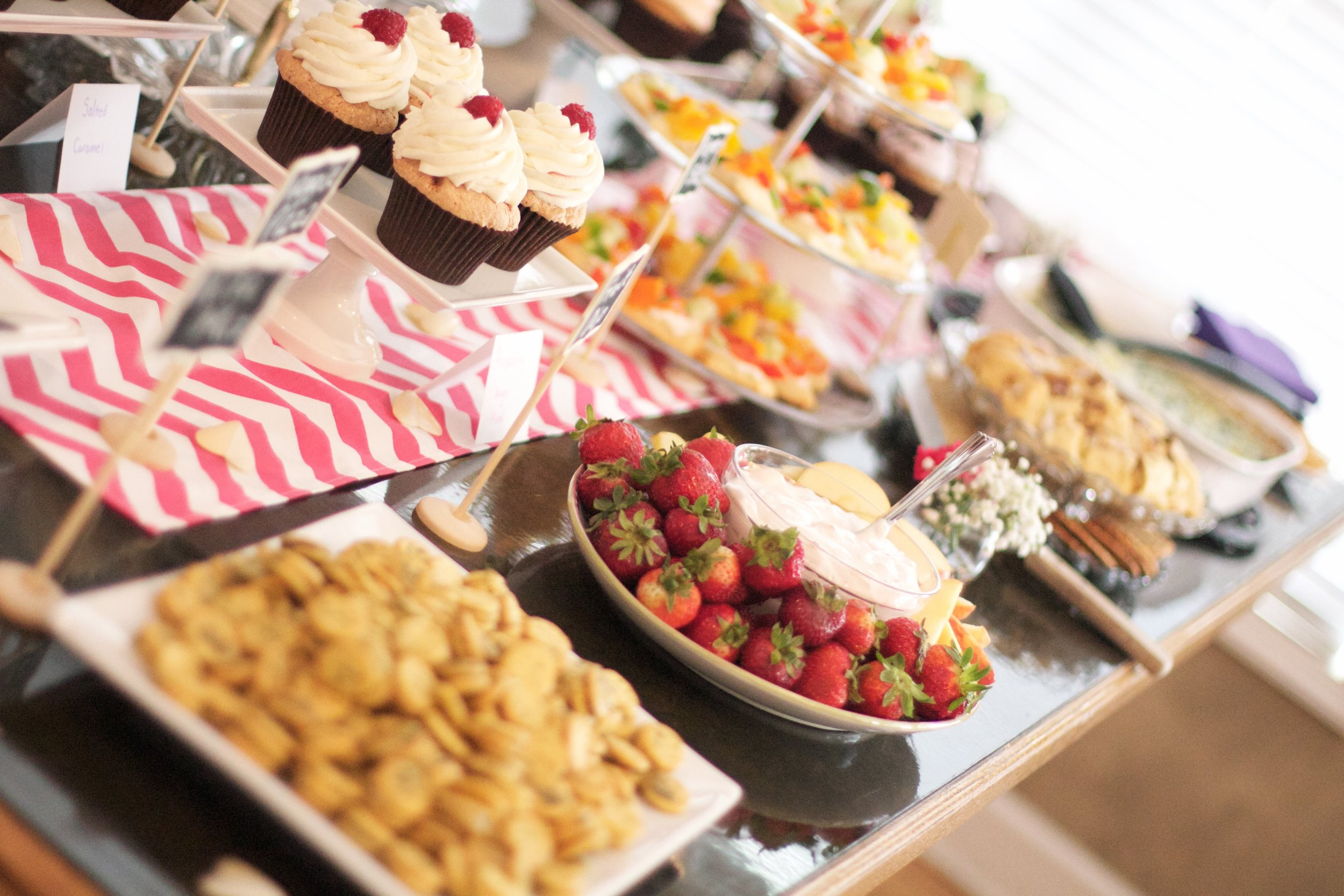 bridal-shower-food-display-summer