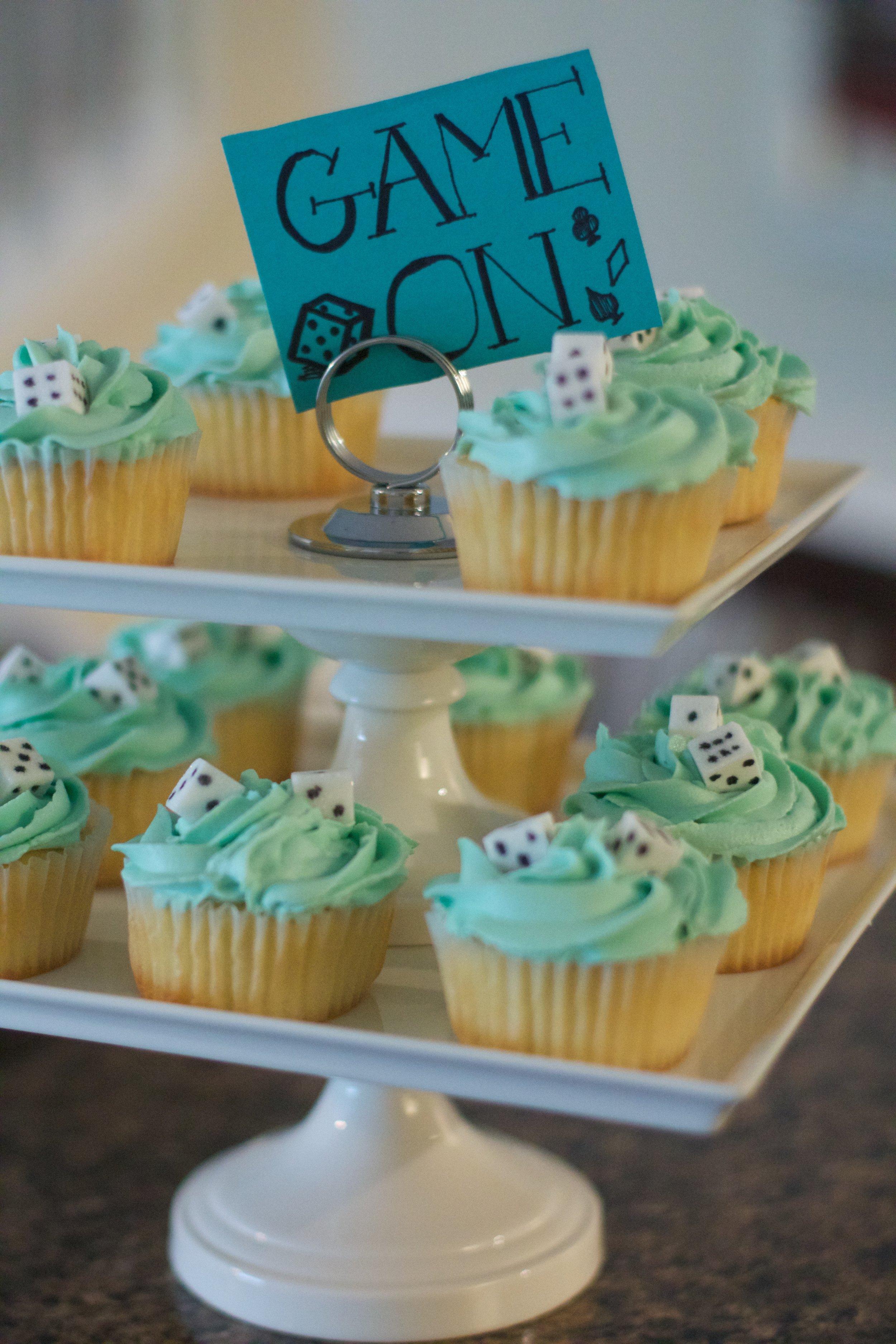 game-night-cupcake-2
