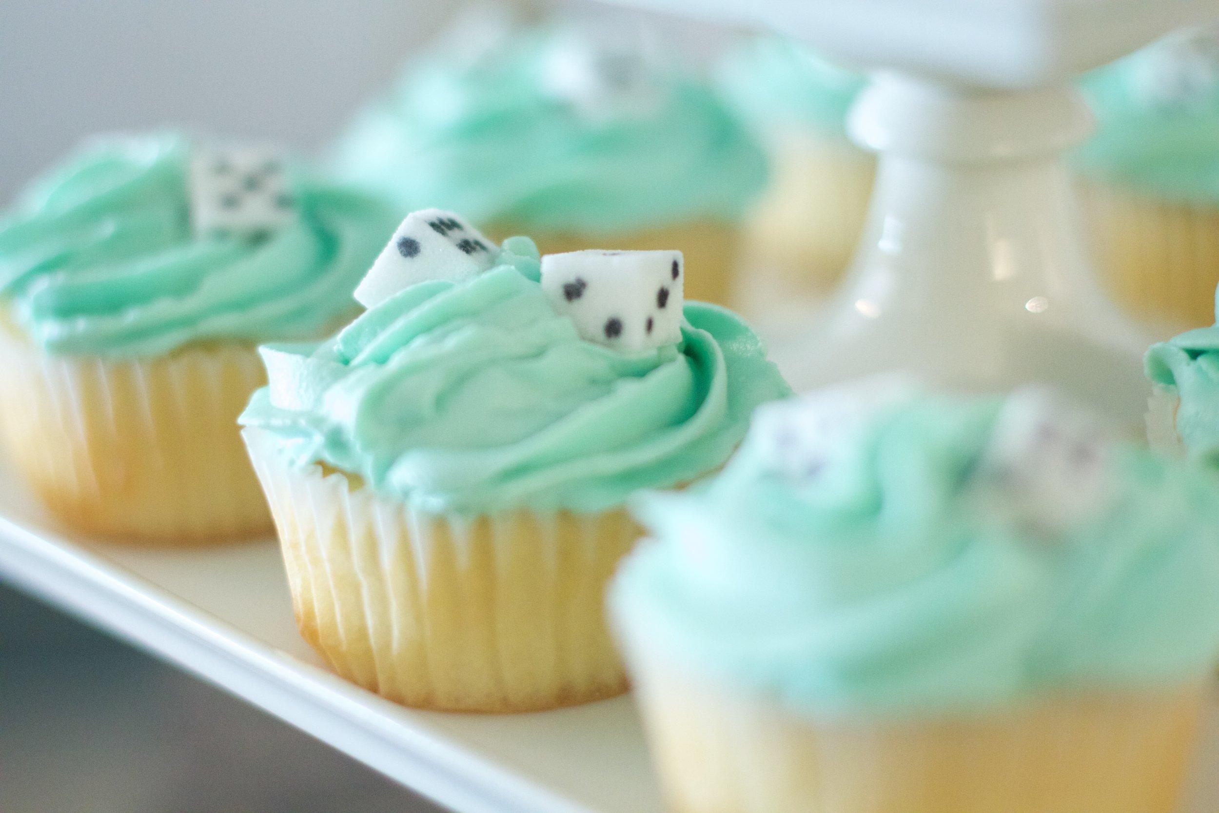 game-night-cupcakes-5