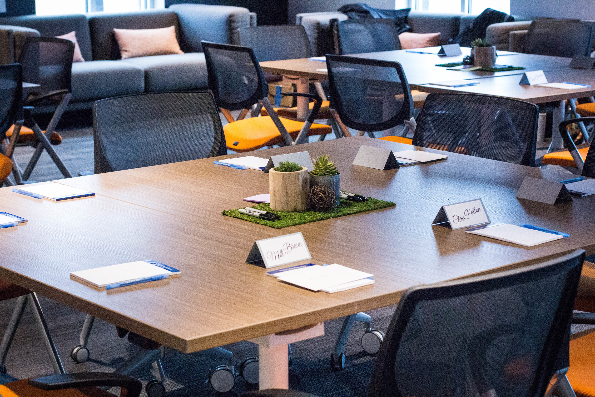 meeting-space-decor