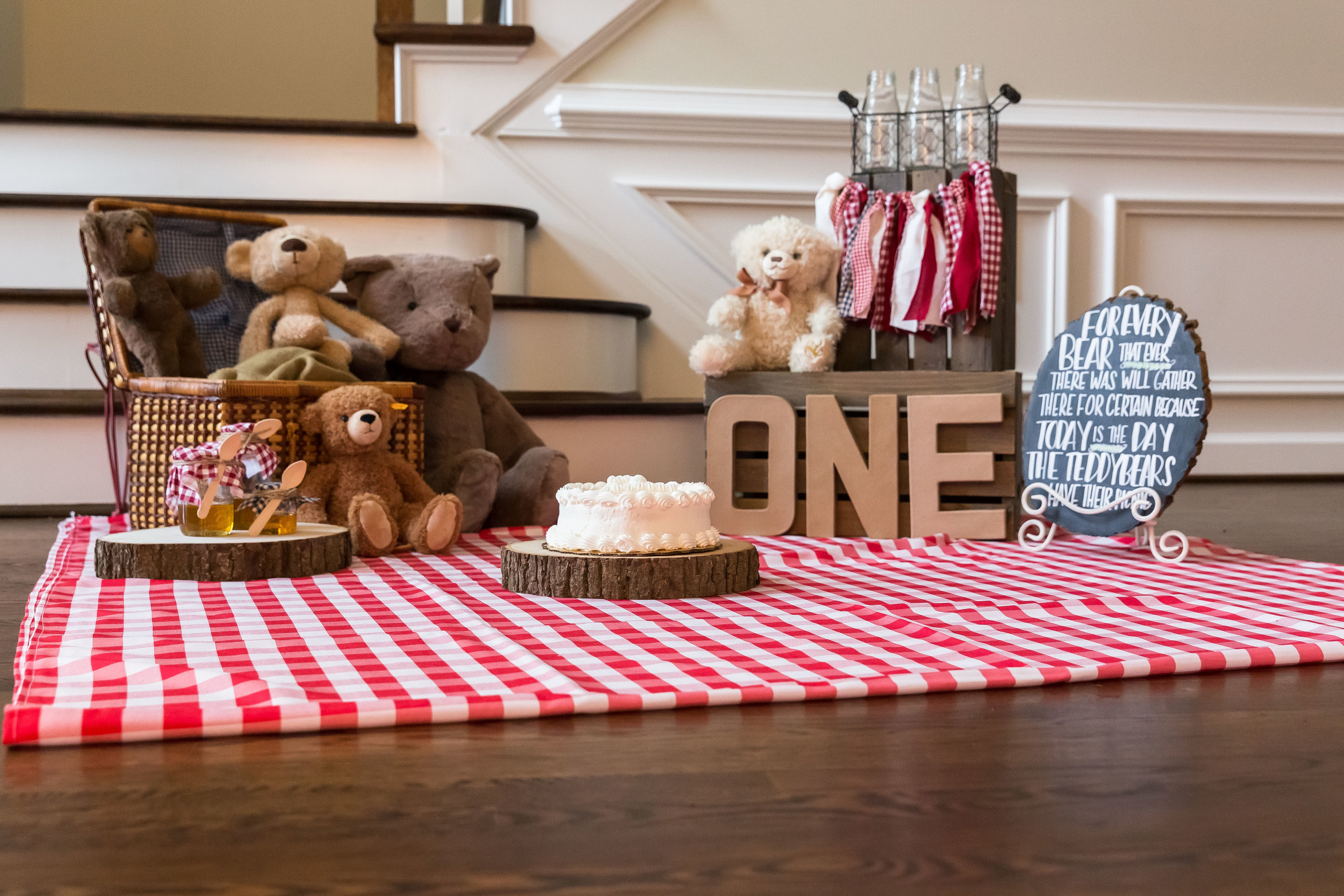 teddy-bear-picnic-tableau