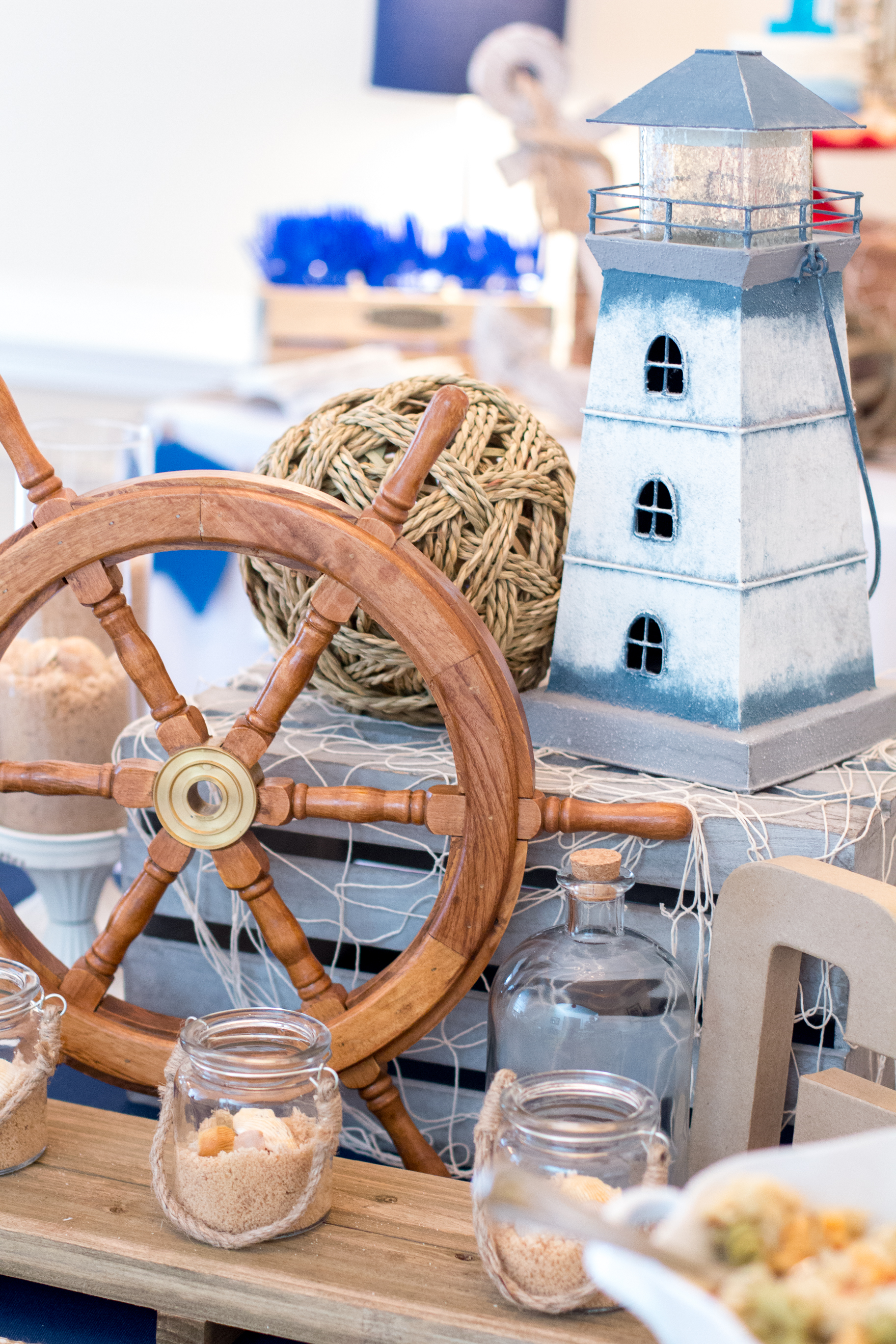 ship-wheel-lighthouse