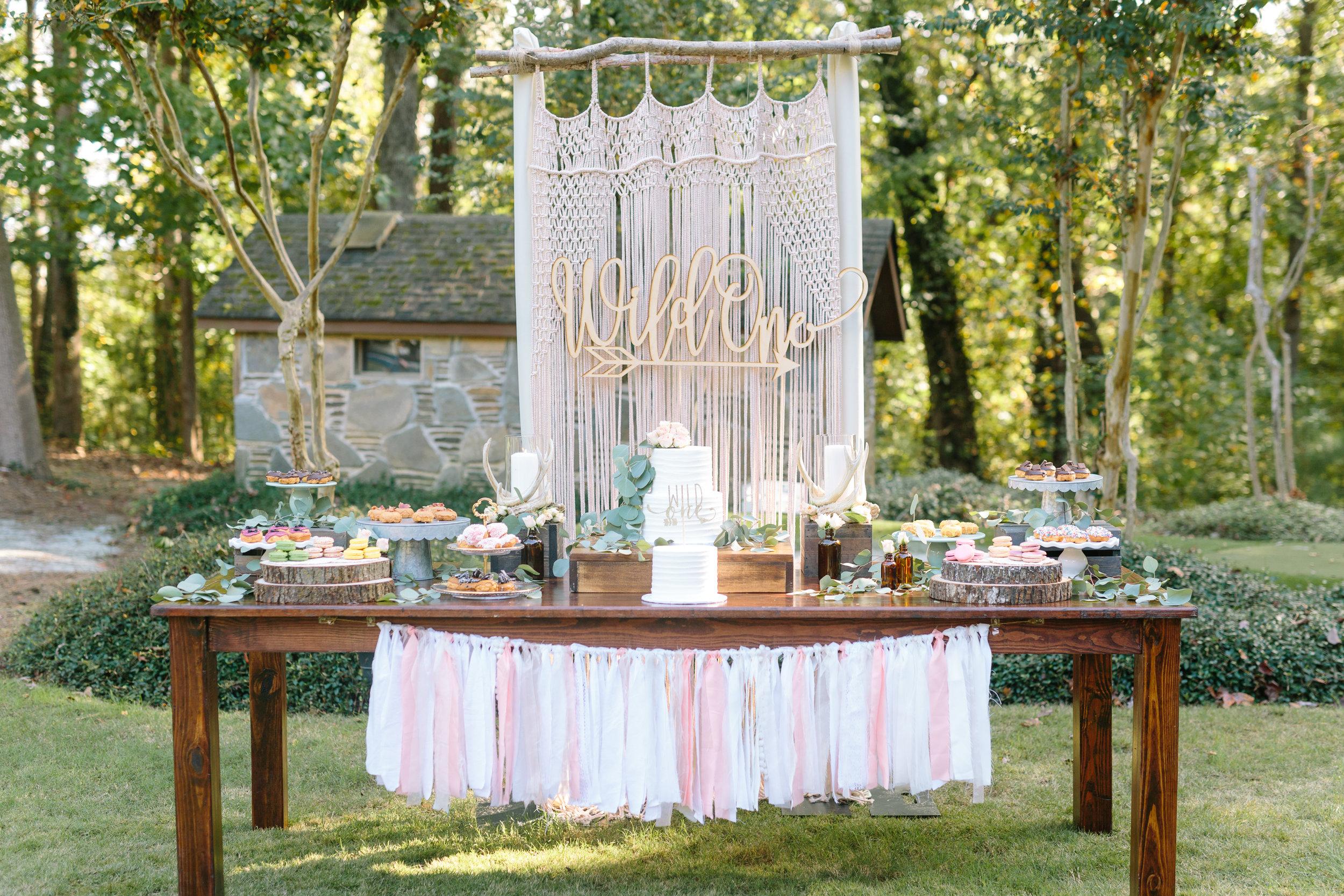 wild-one-dessert-table