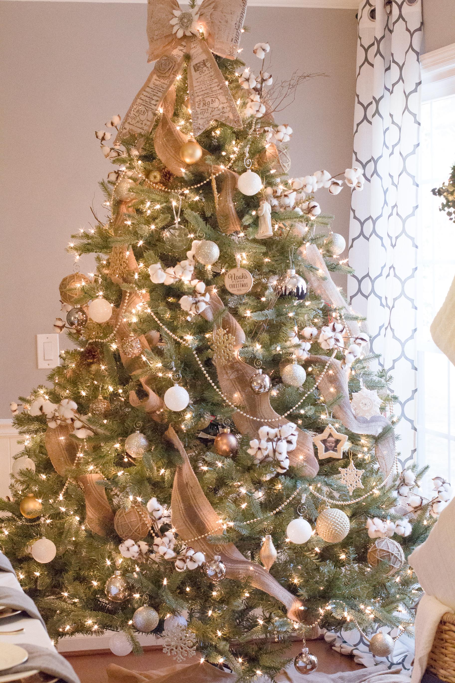 burlap-white-gold-tree