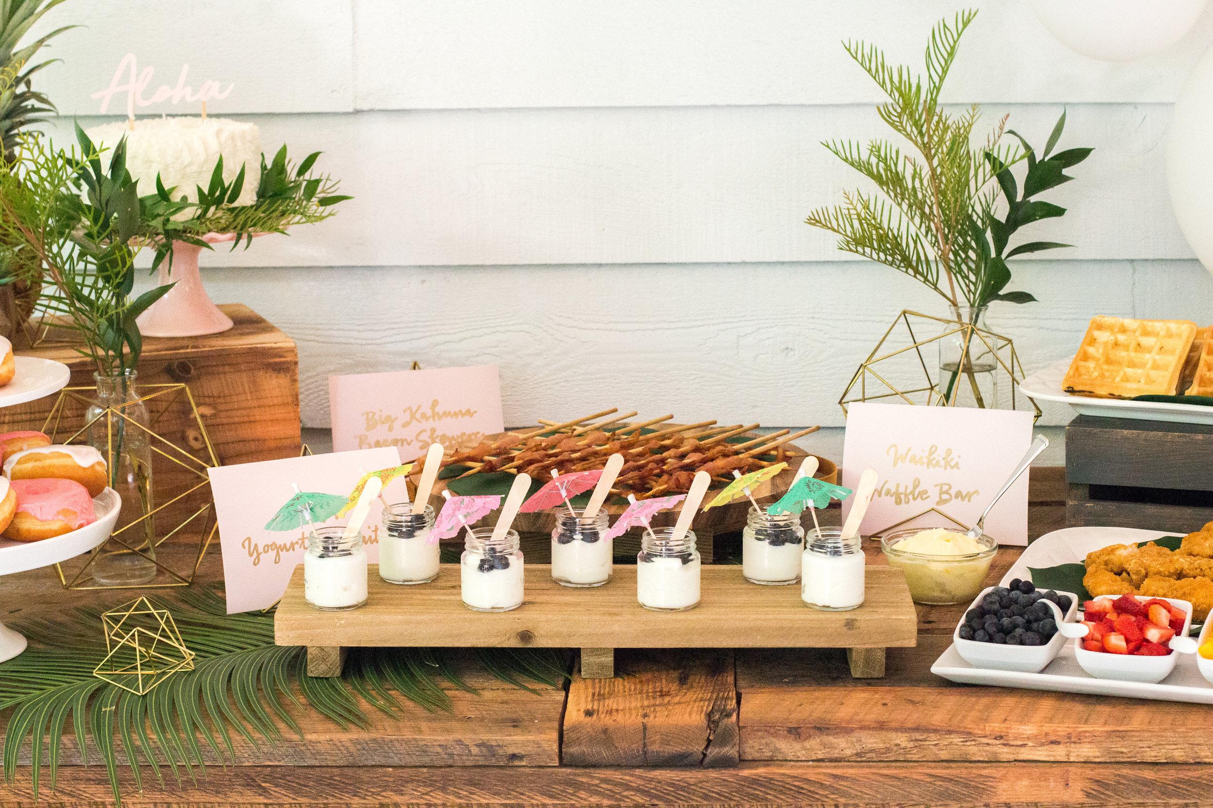 hawaiian-food-bar