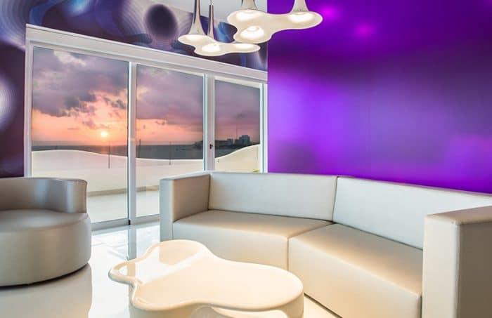 temptation-oceanfront-master-suite-living-room-thumb-700x453.jpg