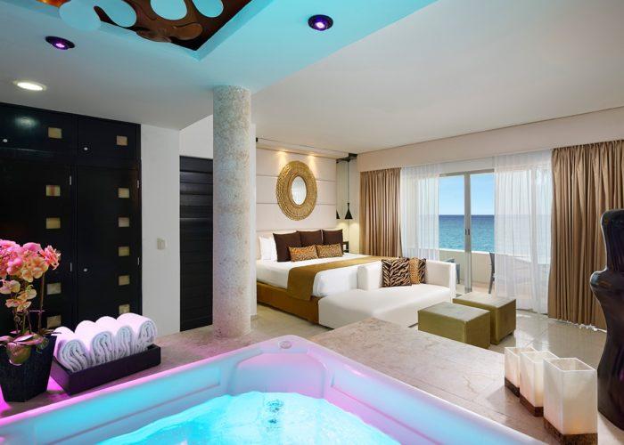 desire-riviera-passion-suite-00-1200x900-700x500.jpg
