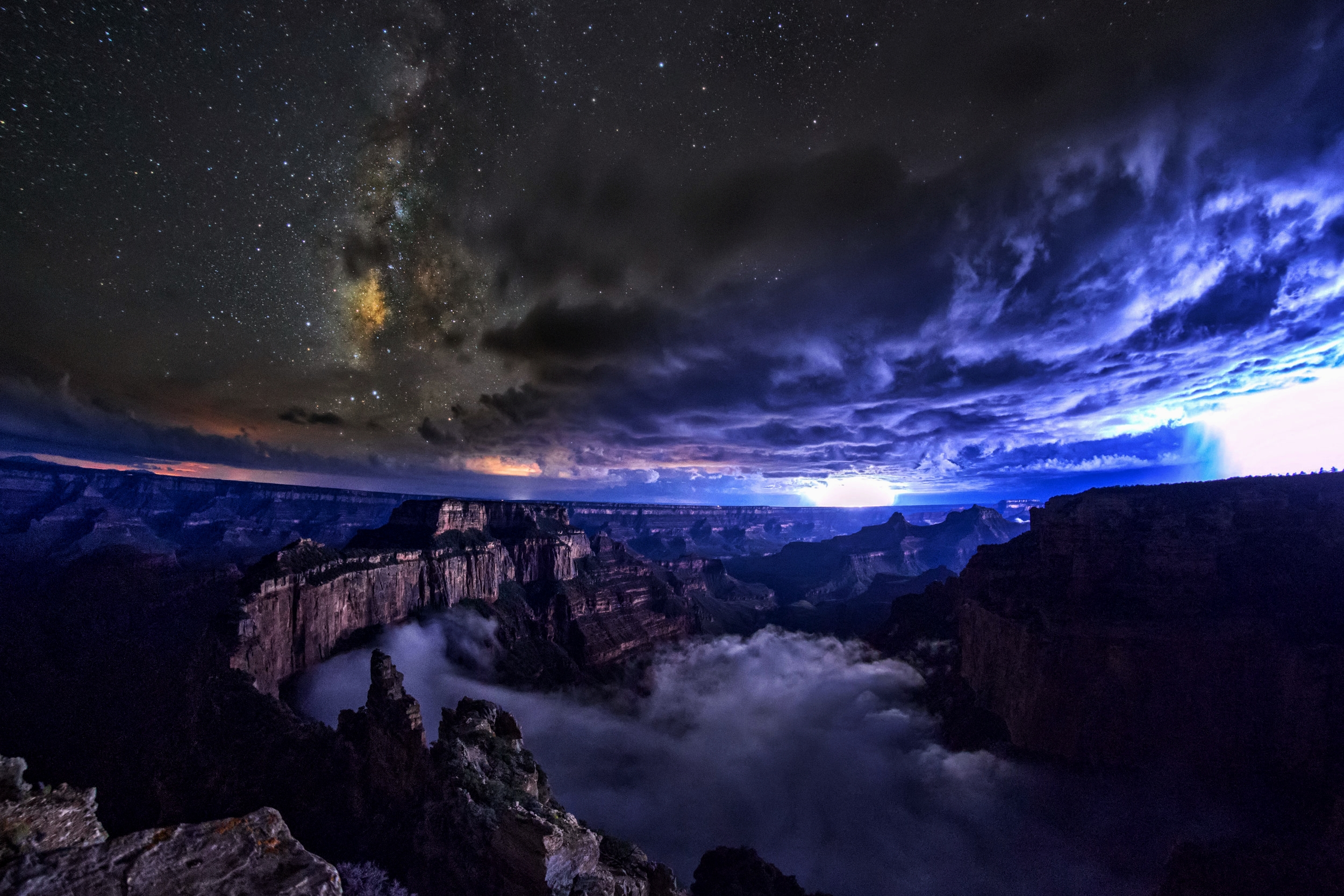 Monsoon season thunderstorms over Grand Canyon, Arizona