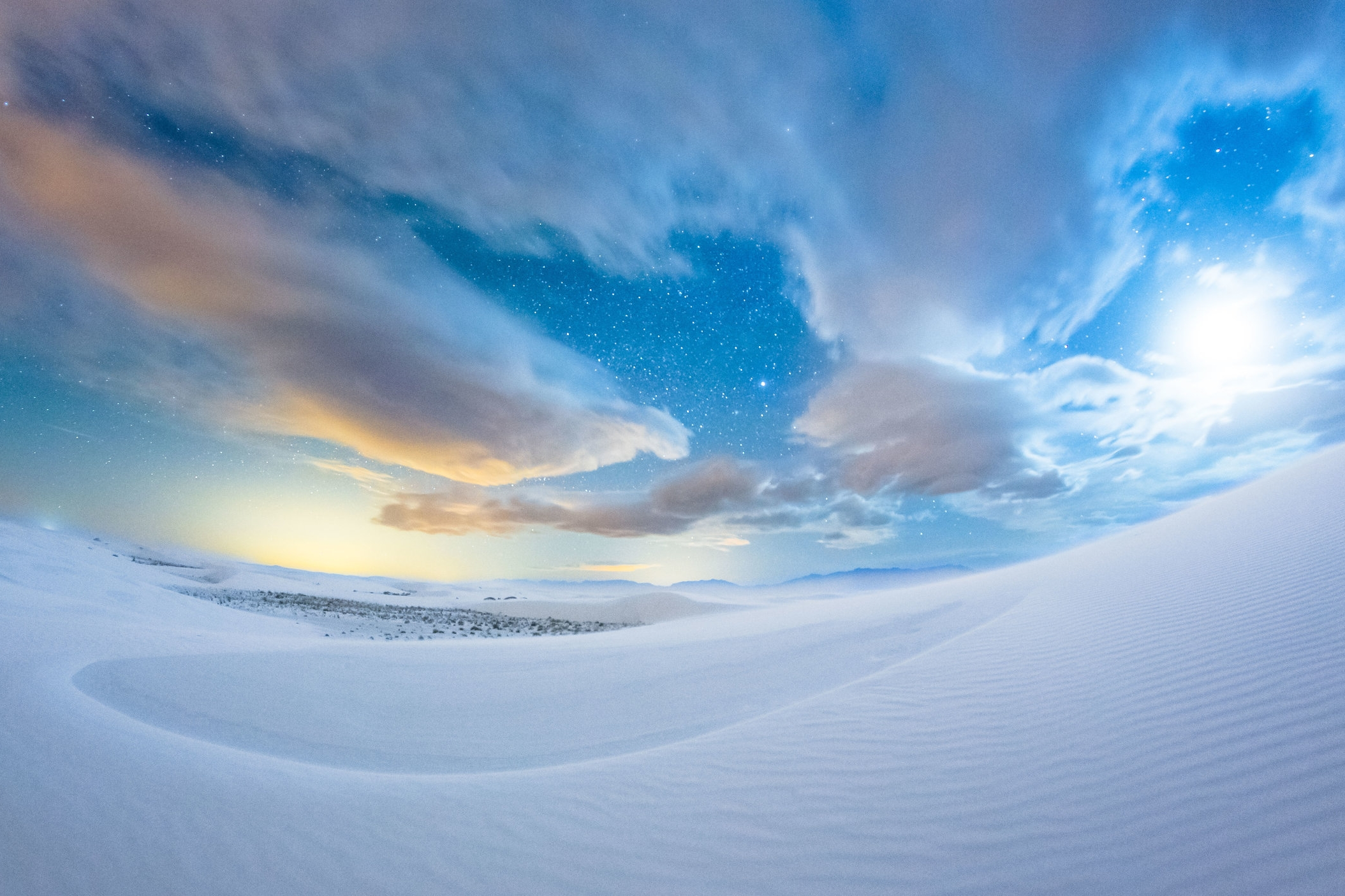 The beautiful white sand dunes that should not exist