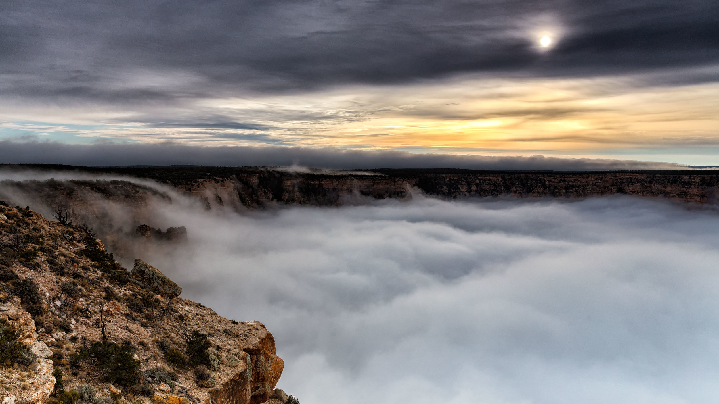 There was a Full Cloud Inversion at the Grand Canyon and this Guy Got an Unreal Timelapse of It