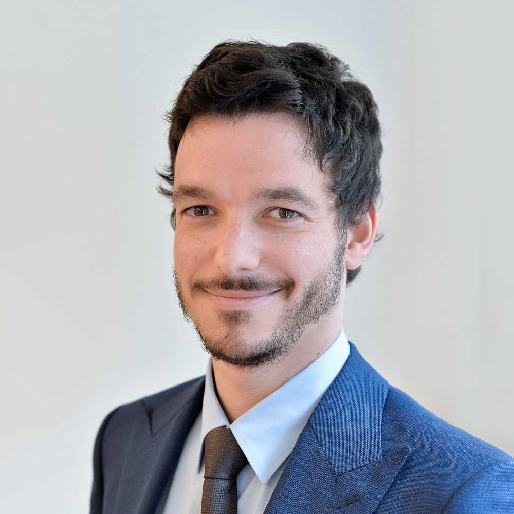ALAN WELTMAN BUCH   Vice President    8 years of experience in investment banking and wealth management   Former Financial Analyst at ASP. Consulting Group, Austria; BA Business Administration, Lauder Business School; BA Communication and Media, Pontifícia Universidade Católica de São Paulo