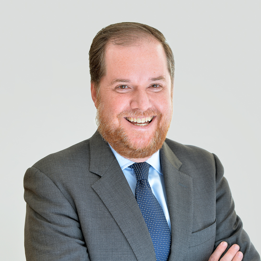 GABRIEL GARCIA DAUMEN, CFA   Head of Research    18 years of experience in Wealth Management and Equity Research   Former Head Mutual Funds & Alternative Investments, UBS Private Bank; Former Analyst Telecom & Media Industry Latin America, Deutsche Bank; MA International Finance, Brandeis University
