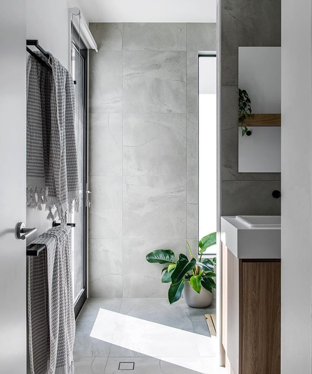 Queensland's mud room - the pool change room.  From pool 🏊♂️ to a rain shower 🚿 change room 👕 and a convenient toilet 🚽. A family friendly bathroom at Clayfield House. . Image by @cathyschusler  #residentialdesign #bathroomdesign #poolbathroom #poolroom #concept #bathroomlayout #mudroom #familyhome #clayfield #queenslandhomes #queenslandhouses #houseandgarden #insideout #queenslandarchitecture #queenslandinteriors #favellarchitects
