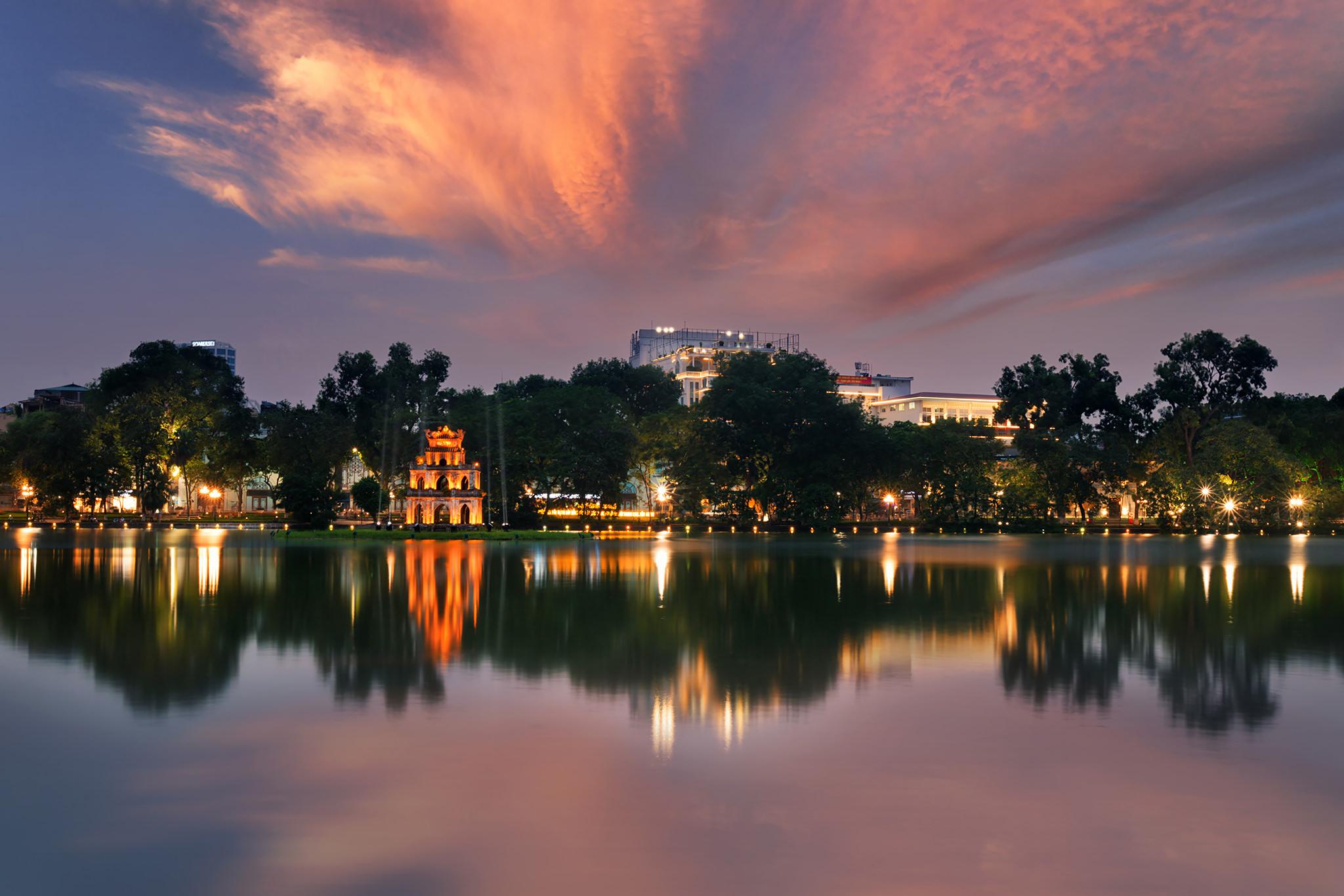 Hanoi Ho Guom.jpg