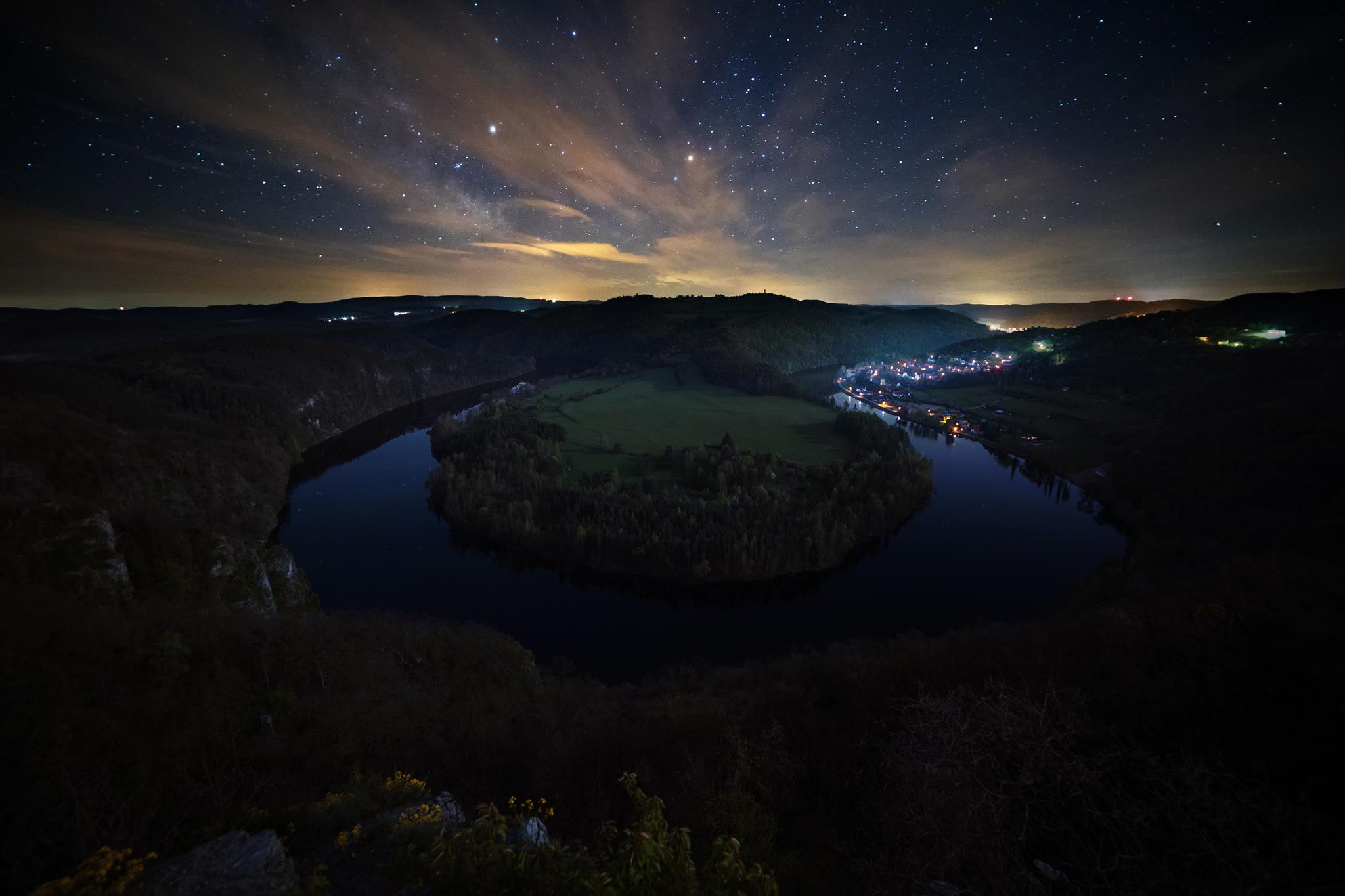 Podkova-Noc.jpg