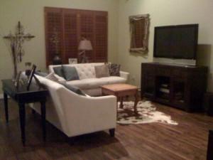 6010 velasco living room before 2