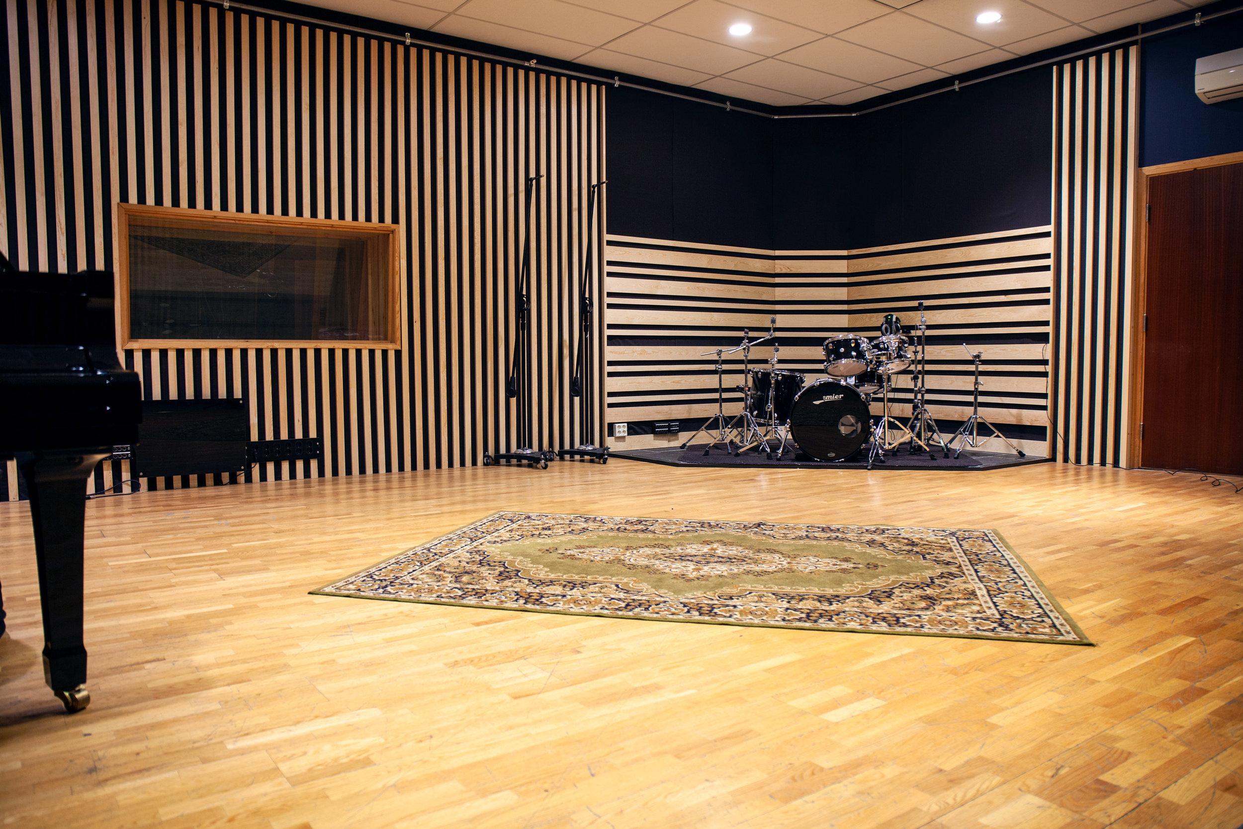 Studio A_3882.jpg