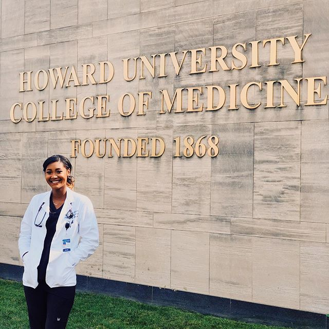 """""""If I'm being honest, I wasn't fully convinced that medicine was the right path for me until the end of my sophomore year at Stanford. I found myself going through the motions of getting a human biology degree, but I was still open to trying new things. Right before finals, my body began to shut down due to serious illness. I couldn't walk or even feed myself. My family was all the way in Virginia and all of my closest friends were worried about their own exams. Trips to the ER proved to be pointless and I felt like no one would listen to me or even cared. As you can imagine, this only made me feel worse. It wasn't until I was assigned to physicians who happened to be women of color that I received the care I deserved. I can't help but think about how many patients that look like me get ignored by doctors every day. So it may sound cliché, but I'm pursuing medicine because representation matters.""""    𝐈𝐟 𝐲𝐨𝐮 𝐡𝐚𝐯𝐞 𝐚𝐧 𝐢𝐝𝐞𝐚, 𝐰𝐡𝐚𝐭 𝐚𝐫𝐞𝐚 𝐨𝐟 𝐦𝐞𝐝𝐢𝐜𝐢𝐧𝐞 𝐚𝐫𝐞 𝐲𝐨𝐮 𝐢𝐧𝐭𝐞𝐫𝐞𝐬𝐭𝐞𝐝 𝐢𝐧 𝐩𝐫𝐚𝐜𝐭𝐢𝐜𝐢𝐧𝐠? Right now, I have my heart set on Orthopedics or General Surgery, but anything can happen.  𝐎𝐮𝐭𝐬𝐢𝐝𝐞 𝐨𝐟 𝐦𝐞𝐝𝐢𝐜𝐢𝐧𝐞, 𝐰𝐡𝐚𝐭 𝐝𝐨 𝐲𝐨𝐮 𝐥𝐢𝐤𝐞 𝐝𝐨𝐢𝐧𝐠? Binging trashy reality shows, brunch with friends, watching football, and spending time with my pup Baxter.  𝗪𝐡𝐚𝐭'𝐬 𝐨𝐧𝐞 𝐟𝐮𝐧 𝐟𝐚𝐜𝐭 𝐚𝐛𝐨𝐮𝐭 𝐲𝐨𝐮 𝐭𝐡𝐚𝐭 𝐲𝐨𝐮 𝐰𝐚𝐧𝐭 𝐞𝐯𝐞𝐫𝐲𝐨𝐧𝐞 𝐭𝐨 𝐤𝐧𝐨𝐰? I picked up rugby in college and somehow became an All-American in the process.     𝐇𝐔𝐂𝐌 𝟐𝟎𝟐𝟑 𝐒𝐭𝐮𝐝𝐞𝐧𝐭 𝐒𝐩𝐨𝐭𝐥𝐢𝐠𝐡𝐭:  Jessica Smith  𝐇𝐨𝐦𝐞𝐭𝐨𝐰𝐧:  Haymarket, VA  𝐄𝐝𝐮𝐜𝐚𝐭𝐢𝐨𝐧:  Stanford University, B.S. '15"""