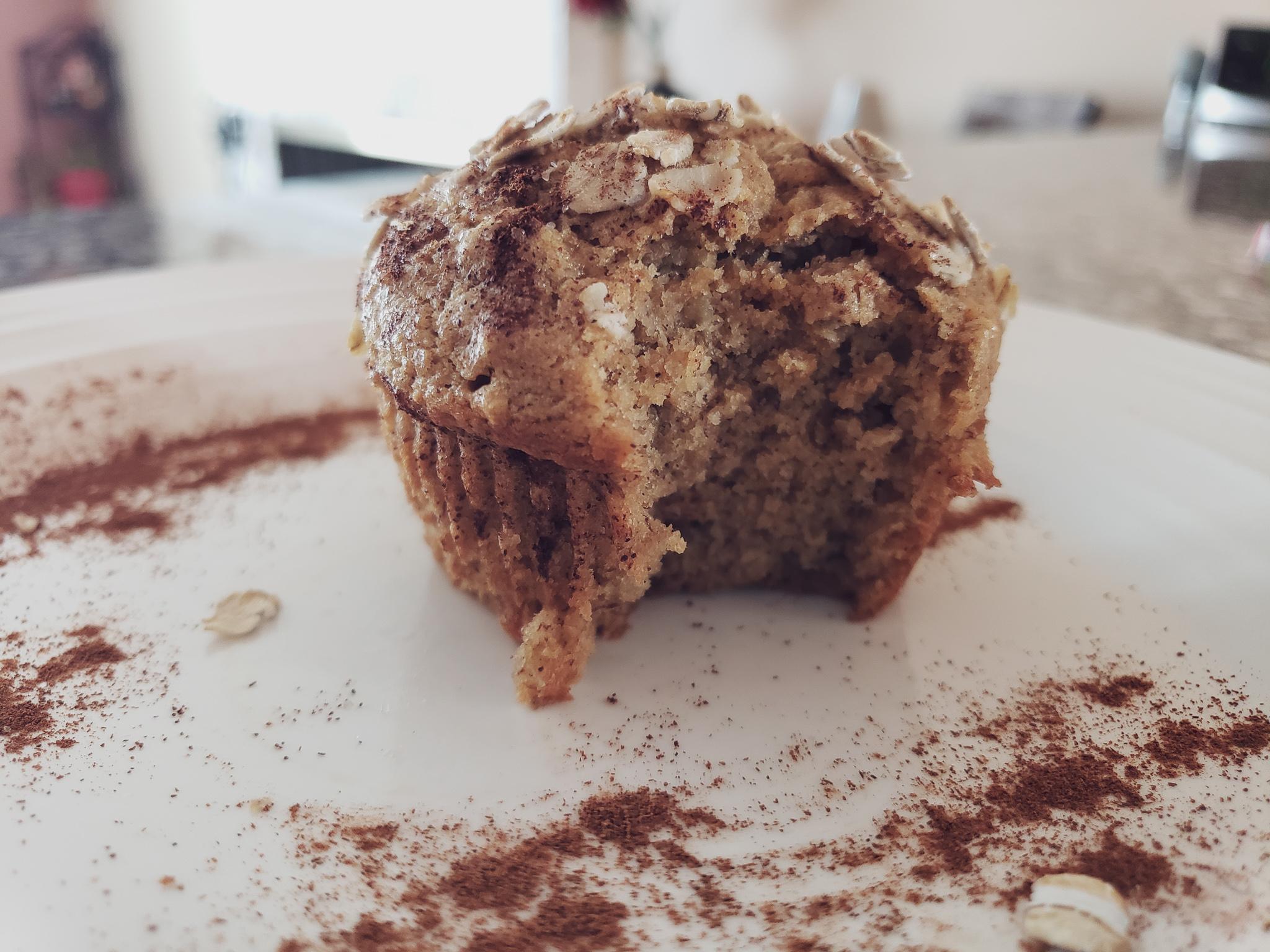 healthy banana muffin