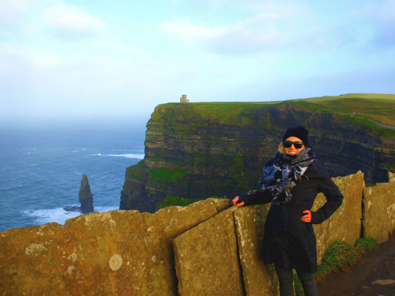 Jetsetting with Jess at the Cliffs of Moher
