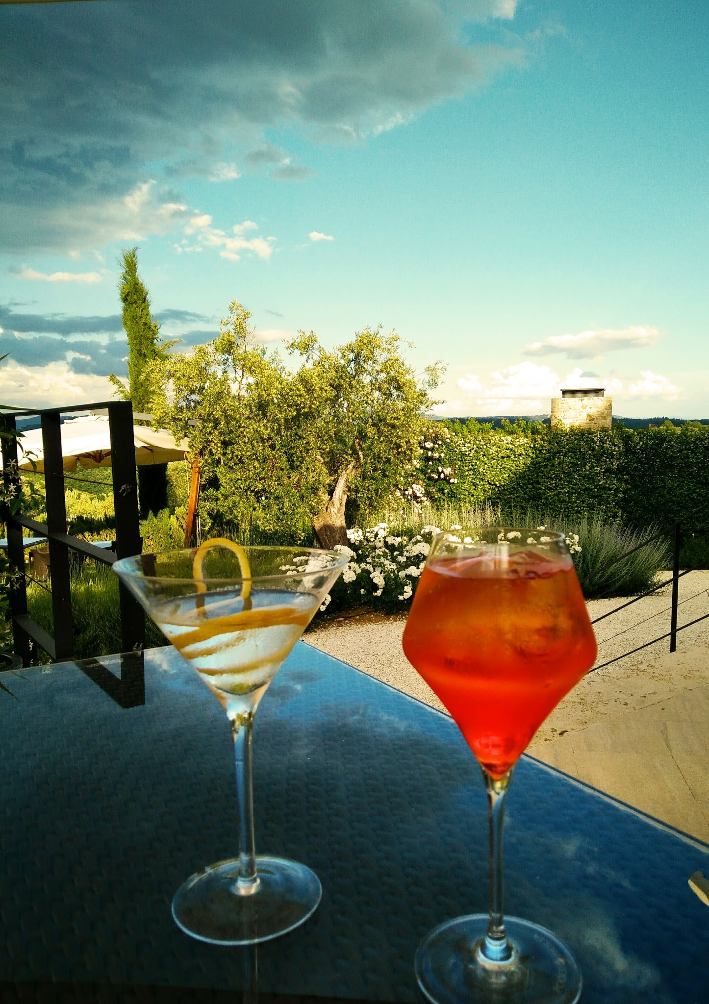 Aperitivo on the terrace, Poggio Piglia