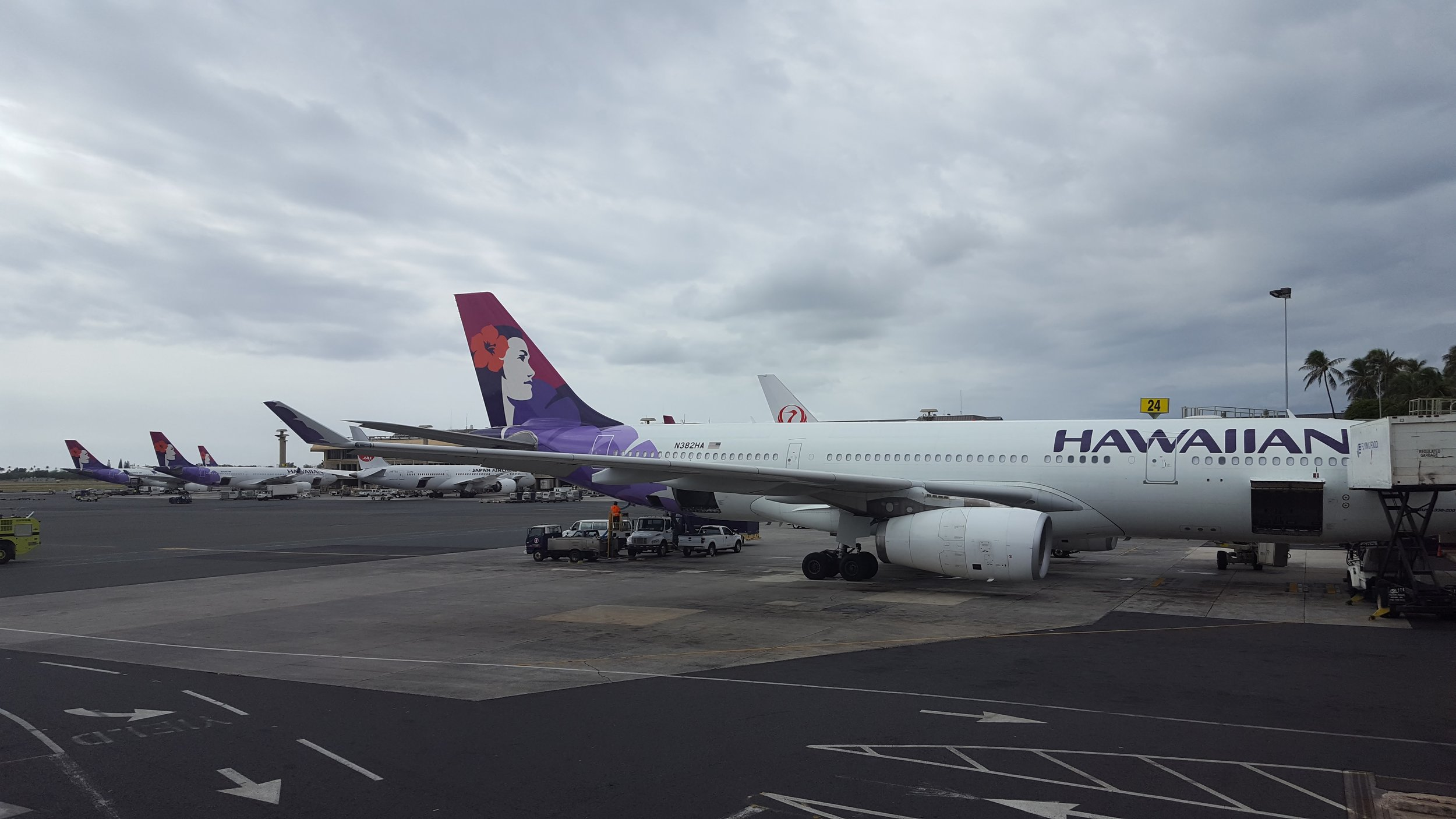 That day we returned to Honolulu Airport twice after takeoff…and this might be our broken plane!