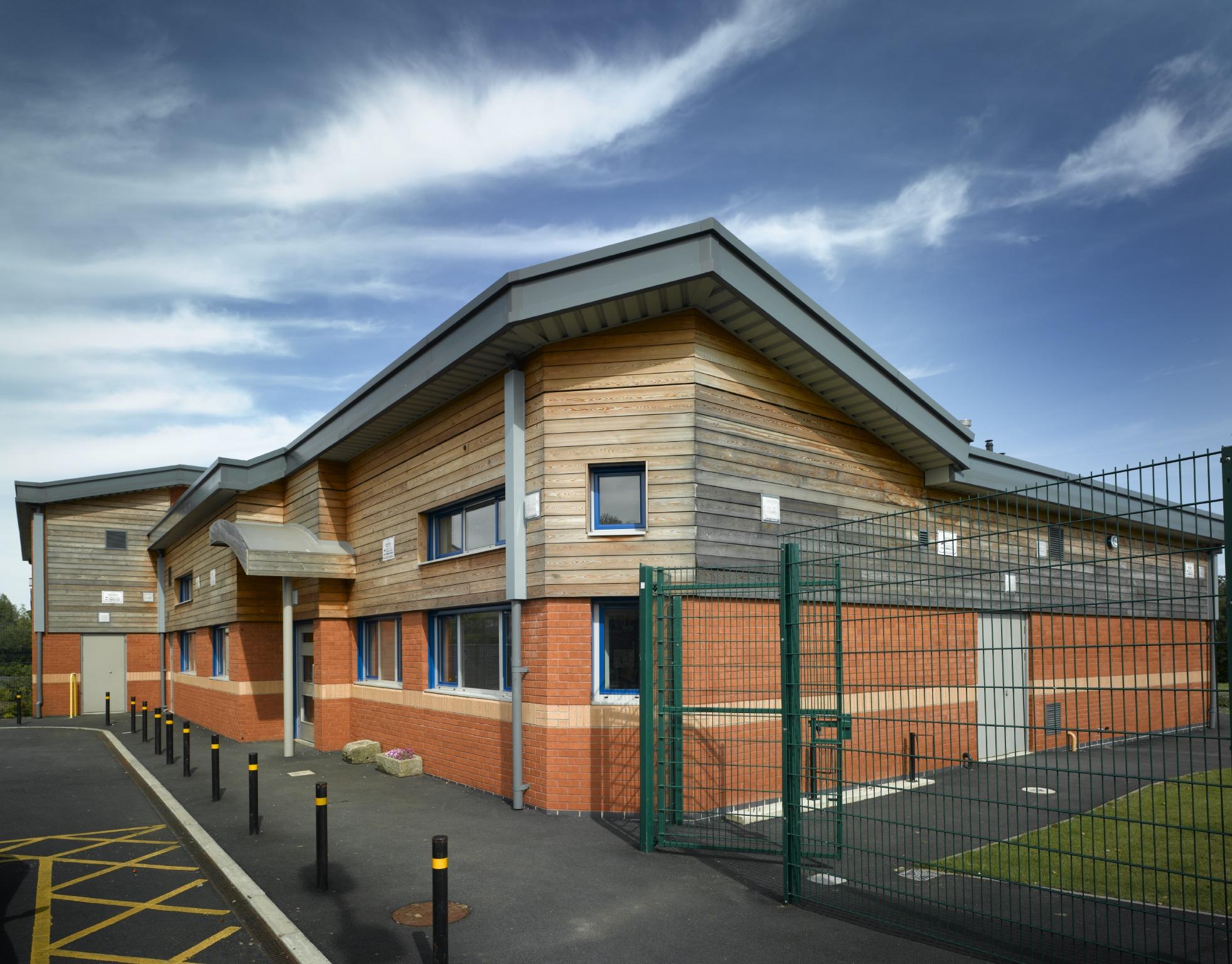Brindale Primary School, Farnworth