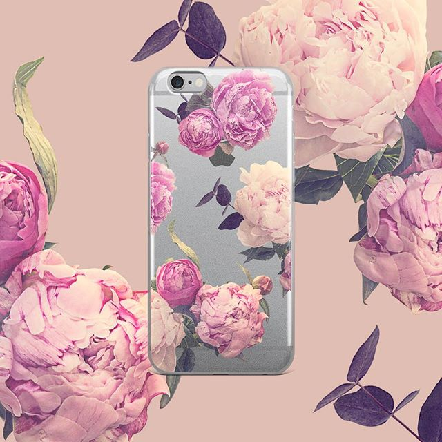 It's FREEZING here in Stockholm but I'm crossing my fingers for spring soon! These might help getting that spring feeling 🌸🌱☀️ . Now FREE SHIPPING to Europe and USA! Yay! At seventyfiveyearplan.com - link in profile 😊 . . . . #phonecases #iphonecase #phonecover #iphonecover #floraldesign #floralpattern #botanicalpattern #surfacepattern #surfacepatterndesign #swedishpatternsociety