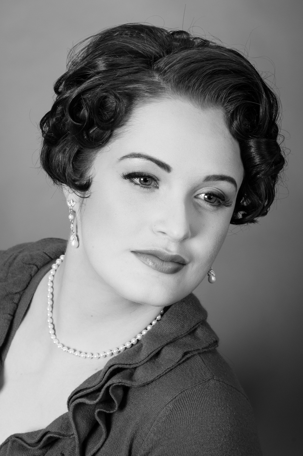 Brett-Dorrian-Minneapolis-Minnesota-Vintage-Makeup-and-Hair-Artist