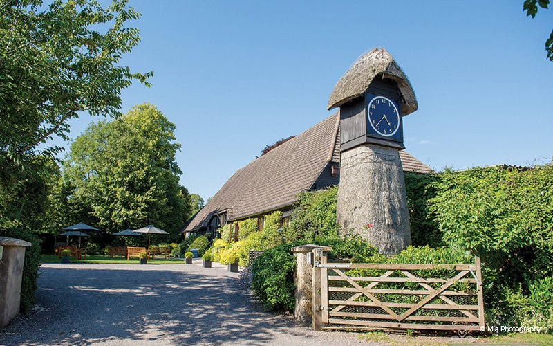 clock-barn-hampshire-wedding-venue-12.jpg
