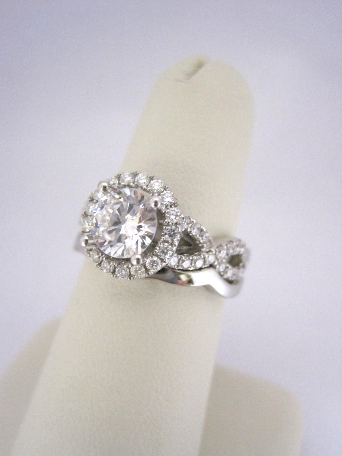 Diamond Halo Weave Style Bridal Set