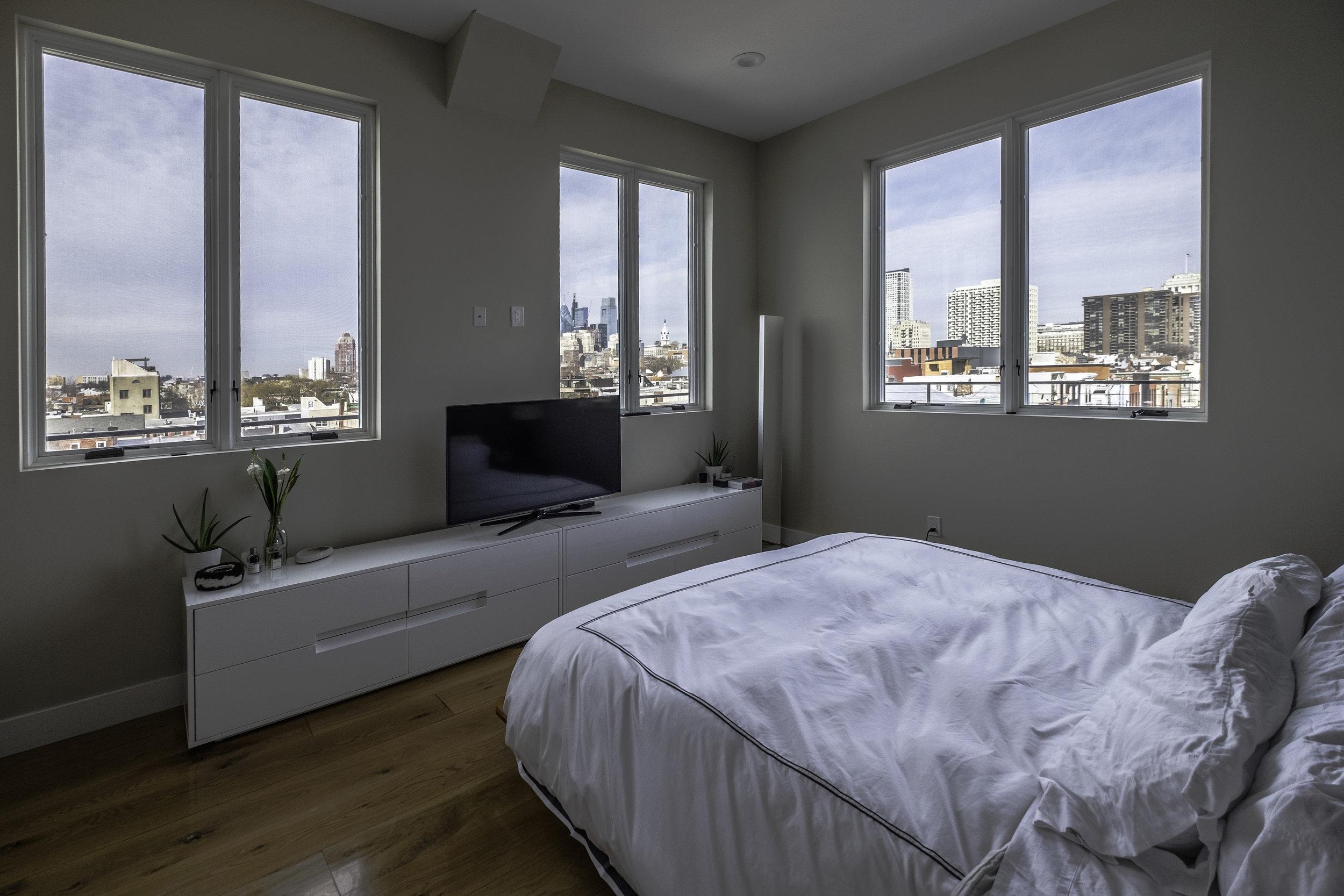 01 Bedroom.jpg