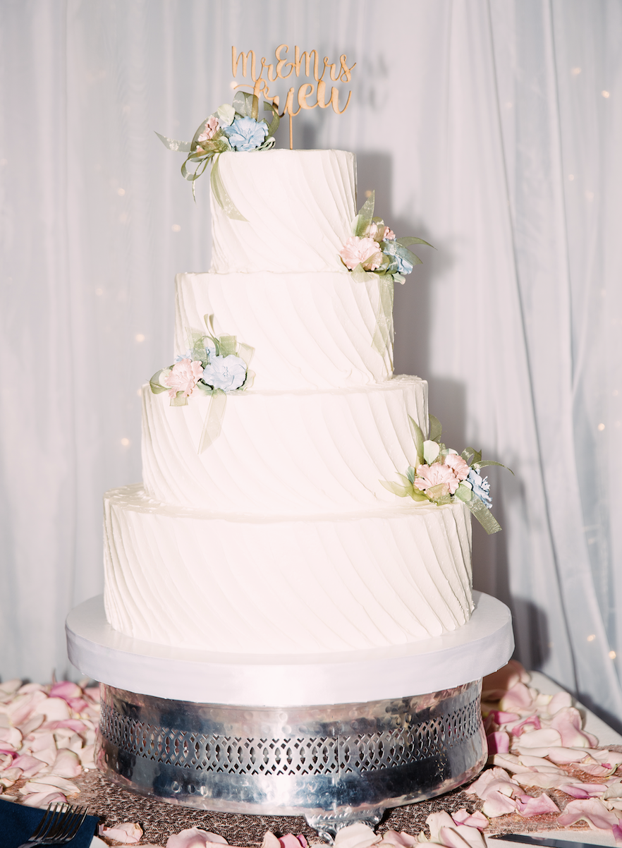Wedding cake by Freed's Bakery in Las Vegas, Nevada
