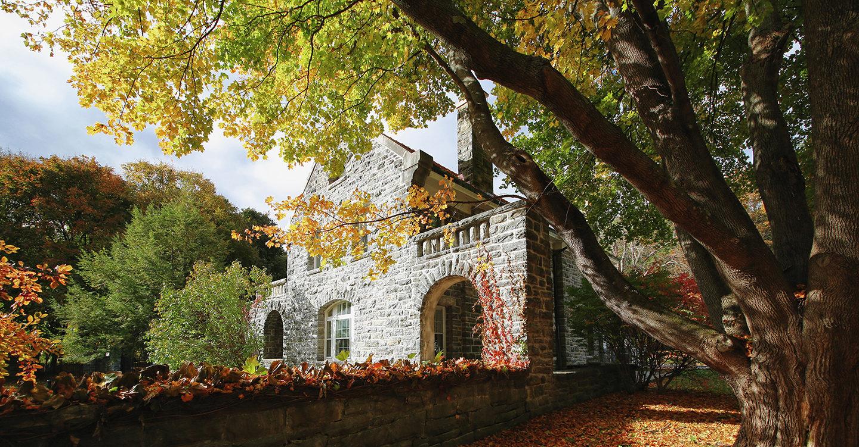 Wagner-House-in-fall-1440x751.jpg