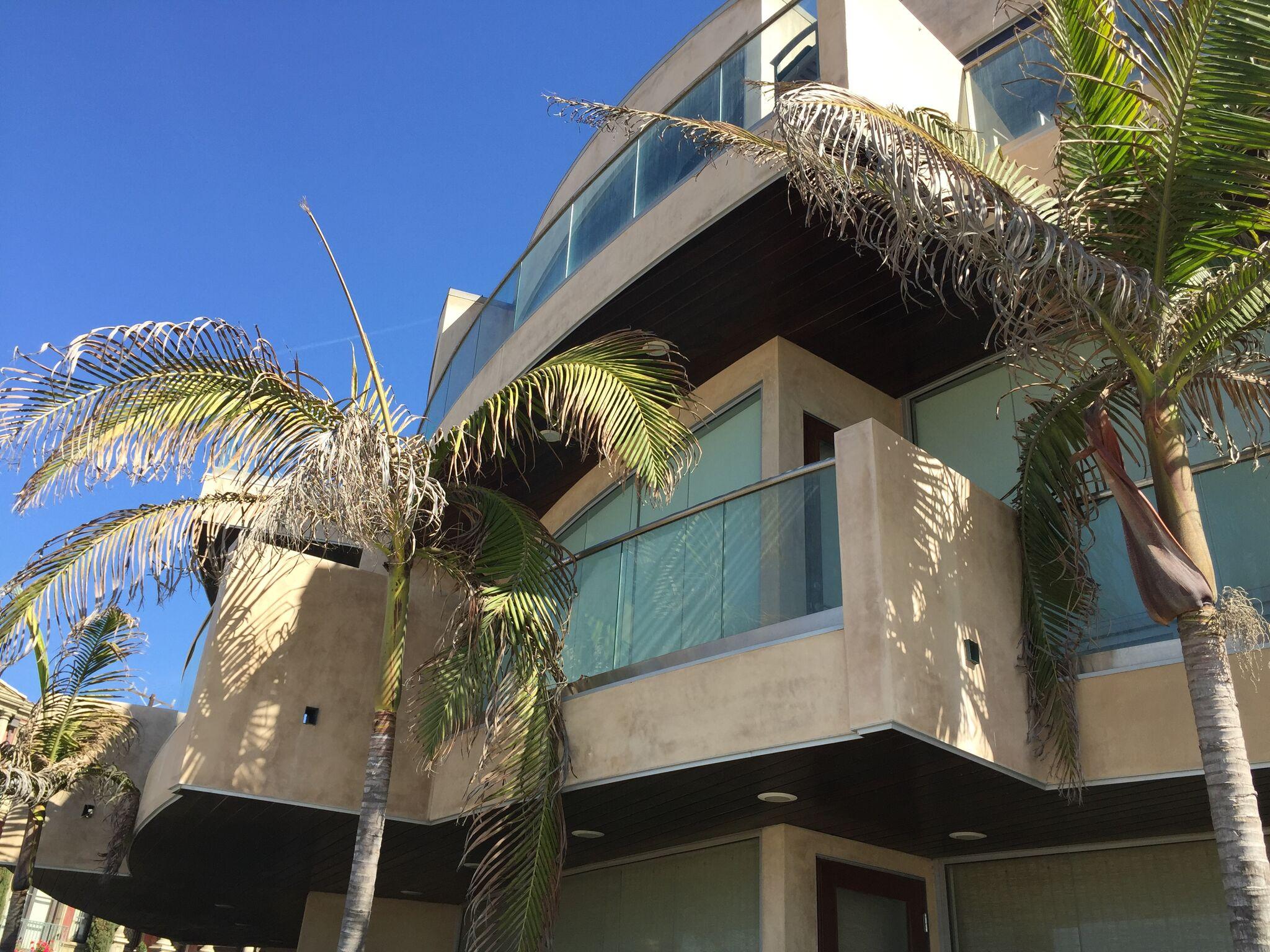 Manhattan Beach Architecture.jpg