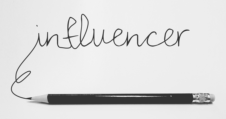 influencers-3151032_960_720.png