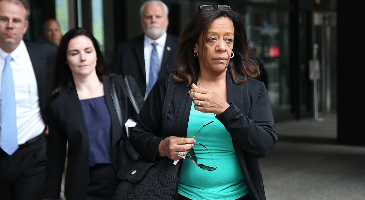 Barbara Byrd-Bennett leaving the courthouse after receiving a prison sentence for being a bad crook. (Photo Credit:Terrence Antonio James / Chicago Tribune