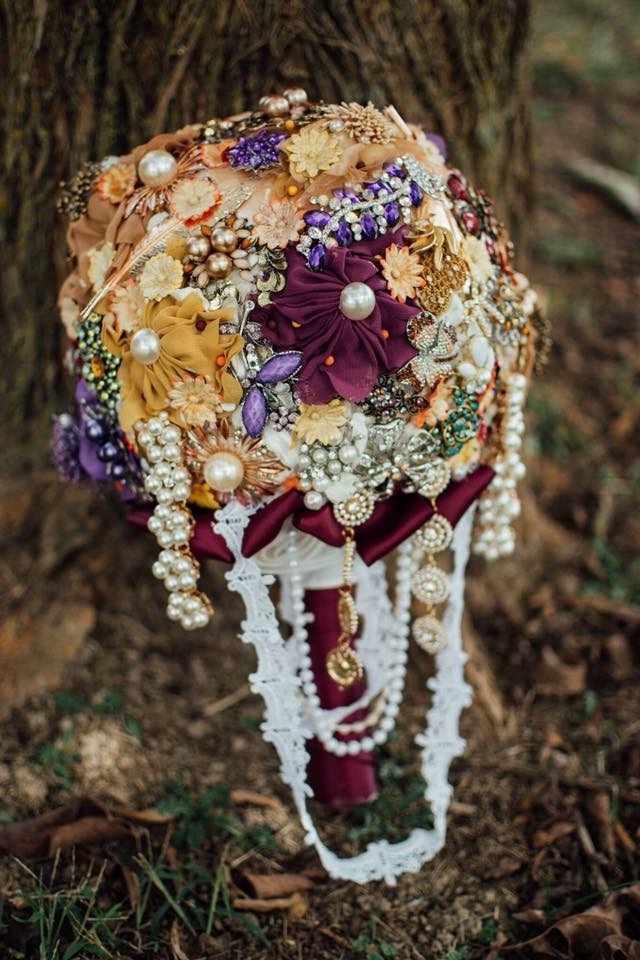 Close up of this gorgeous handmade bouquet | Kingsport, TN Wedding Photography