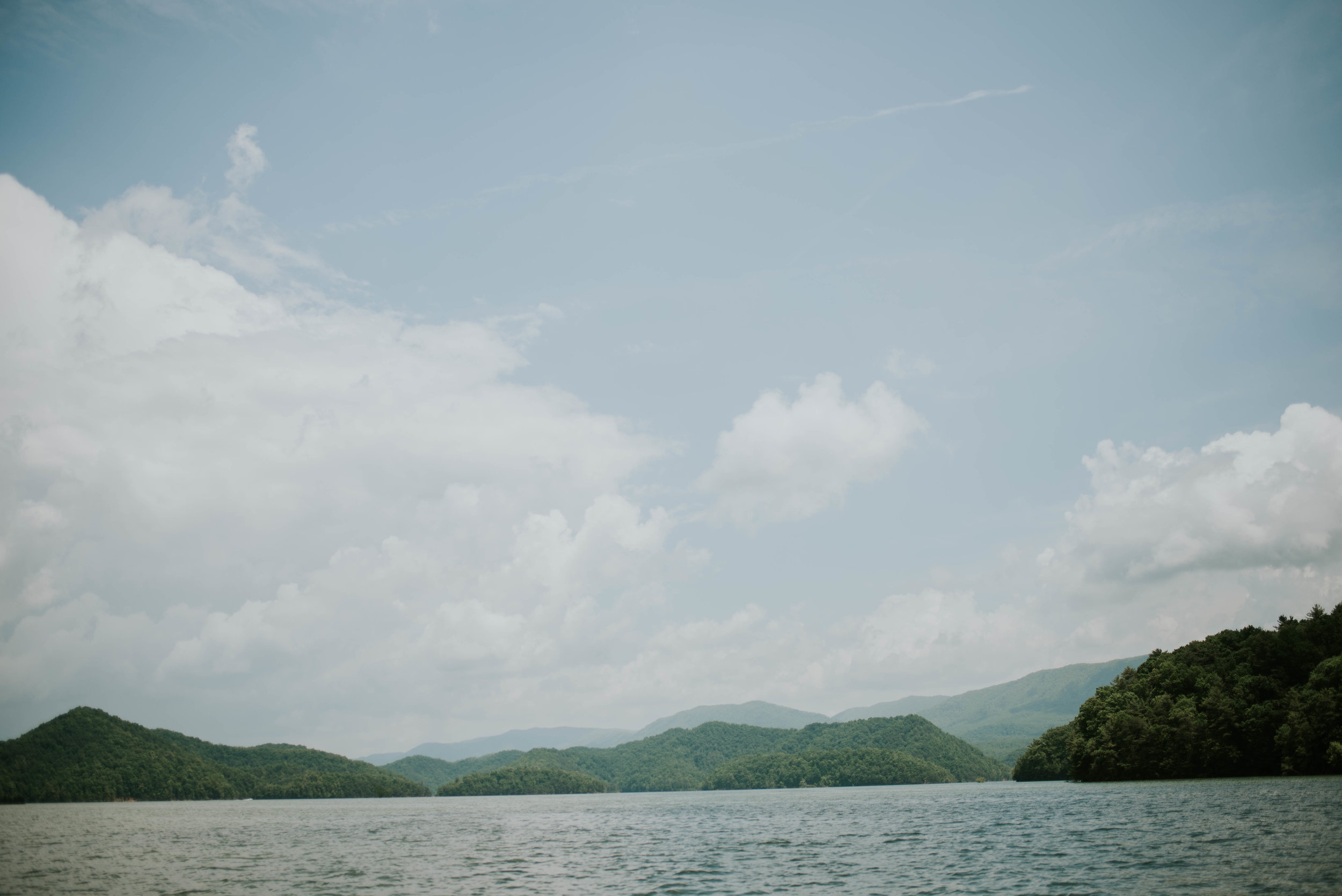 south-holston-lake-engagement-session-14.jpg