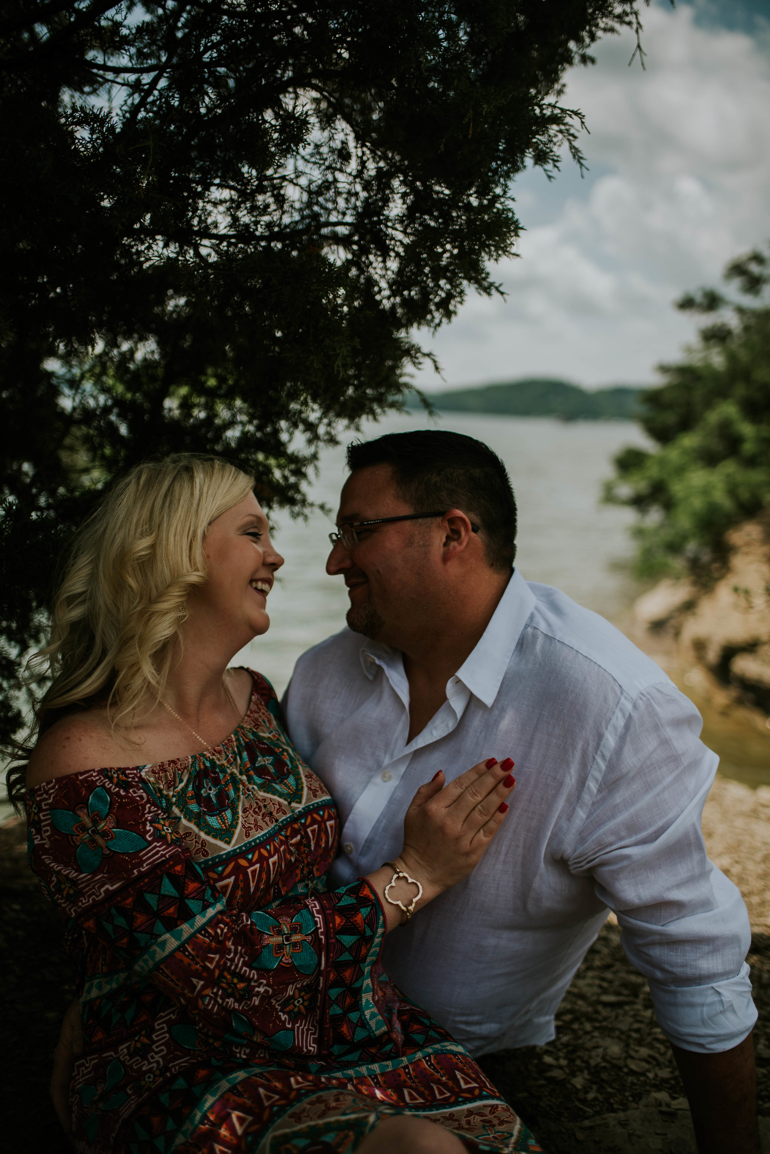 south-holston-lake-engagement-session-35.jpg