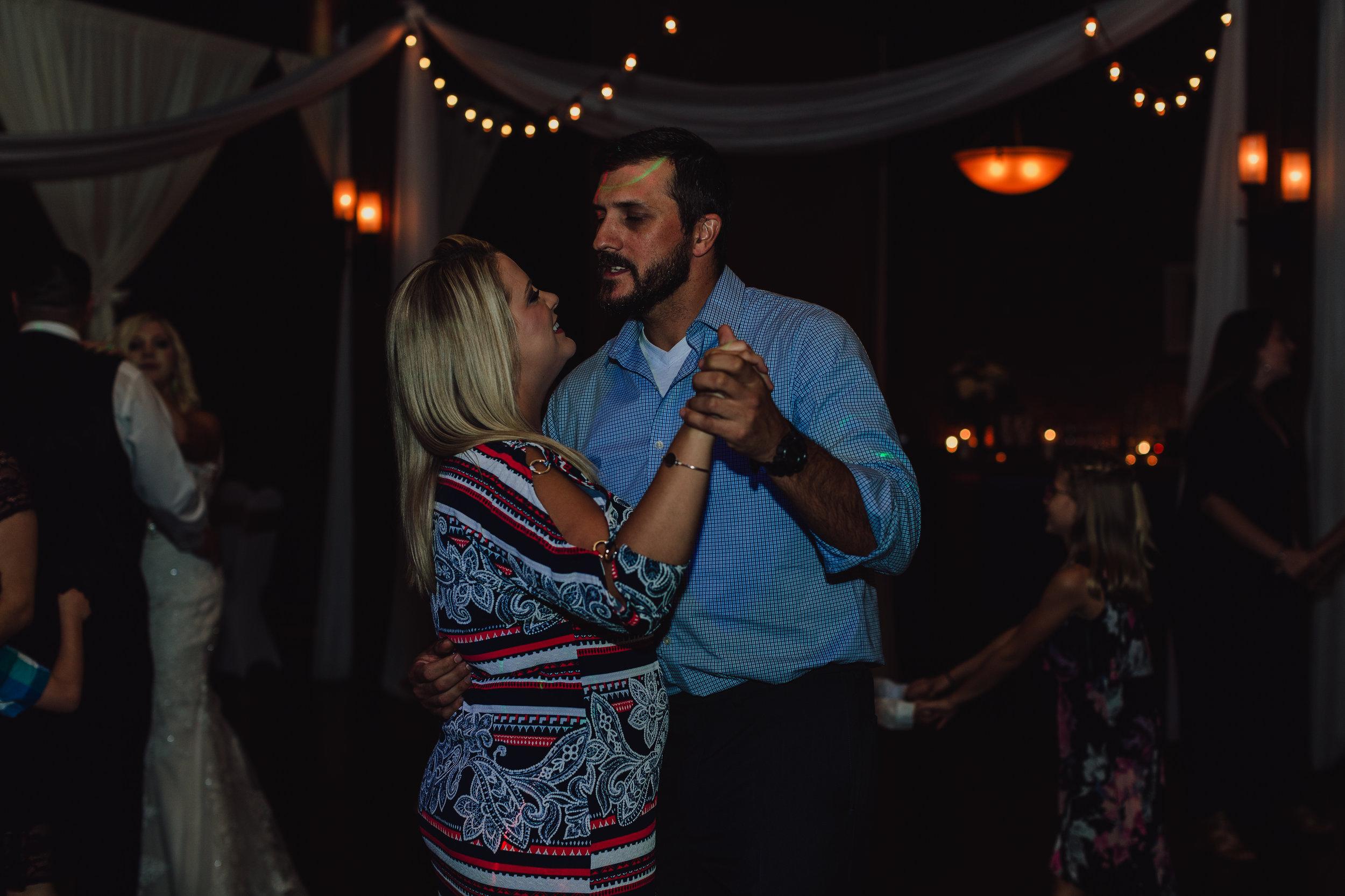 east-tn-wedding-photographer-tennessee-elopement-photographer-kingsport-tn-wedding-photographer (969 of 1001).jpg