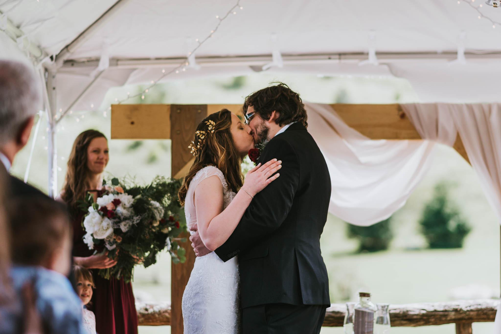 White Fence Farm Wedding, Boone, NC, Northeast TN Wedding Photographer, East Tennessee Wedding Photographer, Knoxville, TN Wedding Photographer